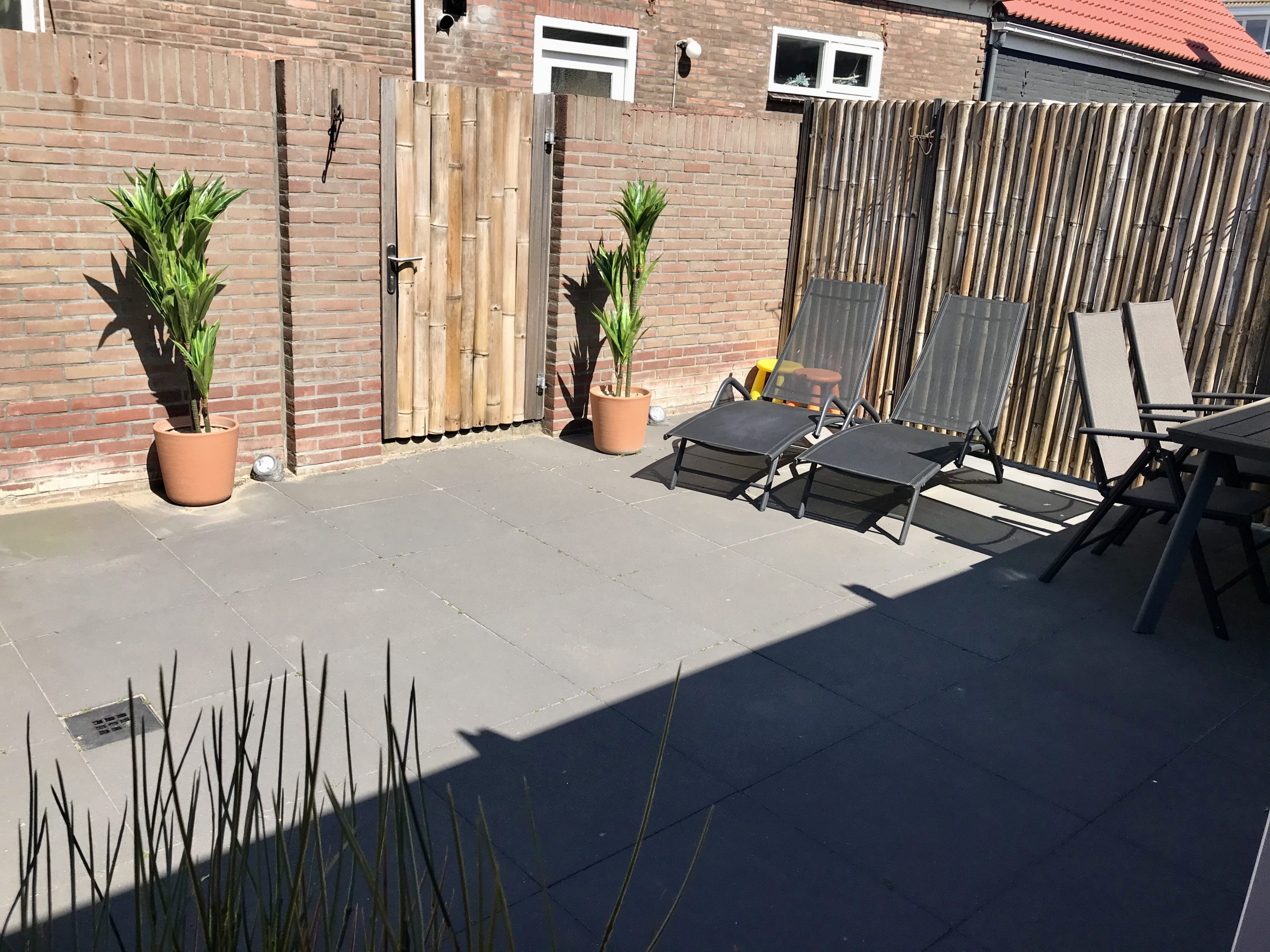 tuin 6 pers huis 2